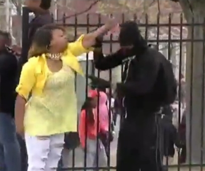 mom of the year praised for smacking son